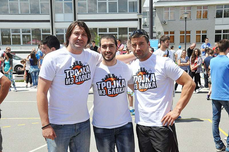 trojka-iz-bloka-borca-4