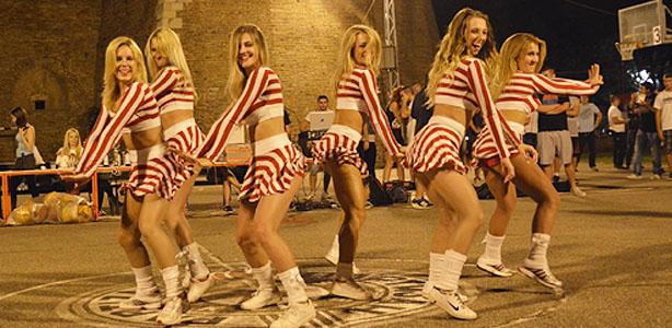 plesna-grupa-fly-1-9-trojka-iz-bloka