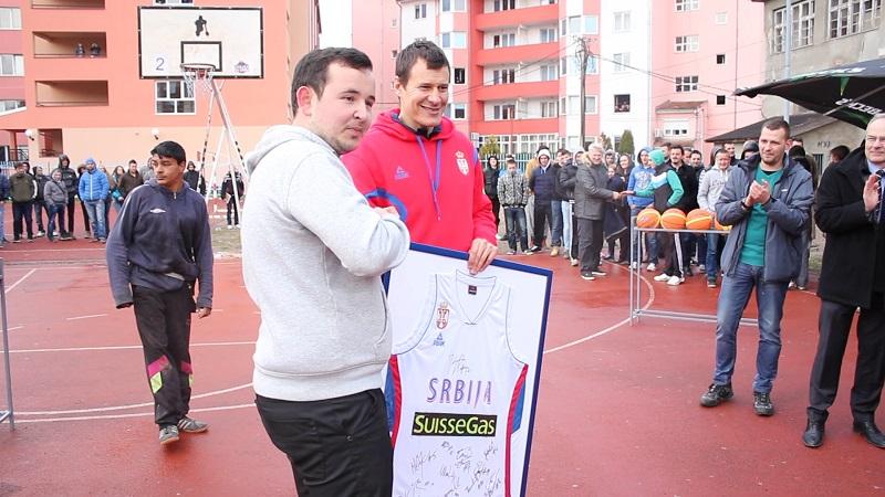trojka-iz-bloka-kosovska-mitrovica-3